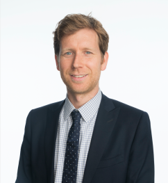 Dr Ross MacIntyre: Comprehensive Ophthalmologist; Cornea, Cataract, and Laser Vision Correction Specialist
